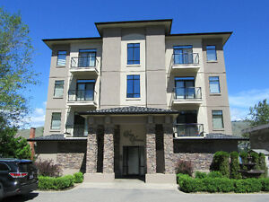 Perfect lock and leave Waterfront condo Okanagan Lake