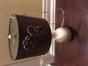 Crocet Flower Light Lamp Up Room Porceline White Vintage Look