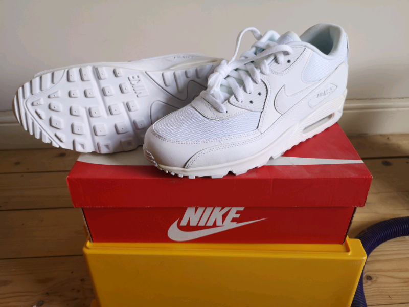 cheap for discount c1e5a 6d047 Nike Air Max 90 Essentials. Size 11 - NEW and unworn   in Lewisham, London    Gumtree