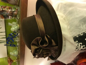 GORGEOUS CHOCOLATE BROWN WOOL LADIES HATS, BRAND NEW, JAMES BAY