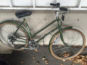 Woman's Free Spirit Touring Bicycle