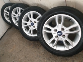 """15"""" Ford fiesta b max ford courier alloy wheels continental tyres 7mm"""