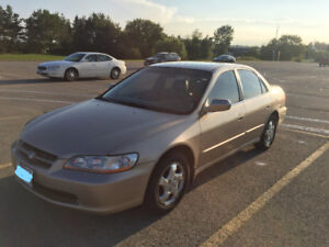 2000 Honda Accord Special Edition Sedan ($1,900)