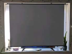 70ich roll down projector screen