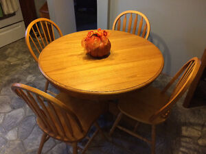 Round pedestal table and 4 chairs St. John's Newfoundland image 1