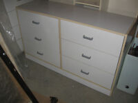 Tres belle commode 6 tiroirs