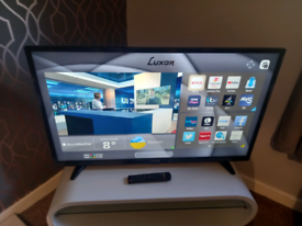 """40"""" SMART LUXOR FREEVIEW TV WITH WIFI APPS AND REMOTE WE DELIVER PLEA"""
