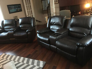 2 piece reclining loveseat with console.