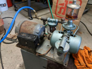 Gast Vacuum/Air Pump