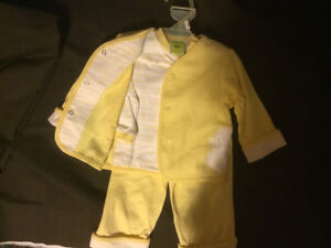 Yellow Ducky 3 piece outfit. BRAND NEW  Reg $16.98 for $6