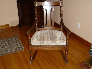 ANTIQUE CHAIRS $35.00 EACH London Ontario image 1