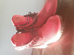 Brand new red timberland shoes, excellent condition size 7 mens