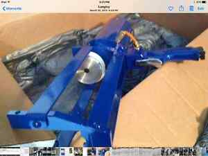 Air powered dual tube caulking and coating gun. Brand New