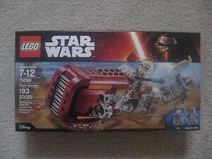 Lego Star Wars Rey's Speeder (Brand New In Box)