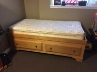 Handcrafted mates bed