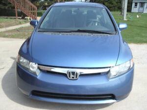 Honda Civic 2006,propre,auto,140k,tt éltect,AC,demarage à distan