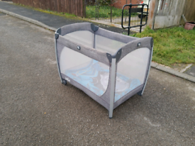 Child's play pen, possible free local delivery
