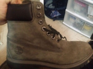 Timberland genuine leather insulated boots!!