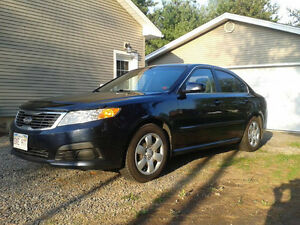 2009 Kia Magentis lx Sedan, parting out only