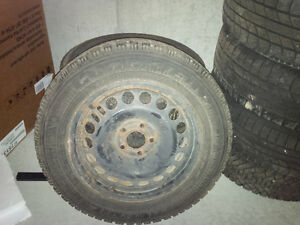 Winter tires and rims 215/60 R16 (5 Bolt Pattern)
