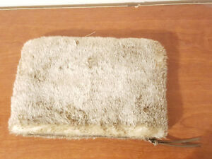 Fur Ipad case with zipper!