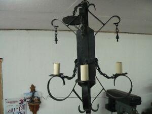 plusieurs lustre , lampe vintage, antique a différent prix
