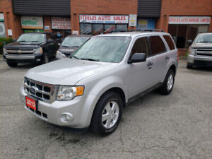 ***2012 FORD ESCAPE XLT AWD LOCAL ONTARIO VEHICLE CLEAN CARFAX**