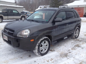 2008 HYUNDAI TUCSON, CHECK OUR OTHER ADS, 832-9000 OR 639-5000