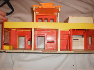 Vintage fisher price theatre 70's London Ontario image 2