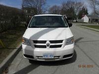 2010 Dodge Grand Caravan Minivan, Van