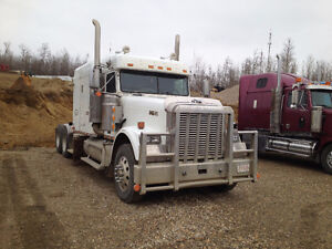 2007 Freightliner FLD120 Classic (pre-emissions - No DEF)
