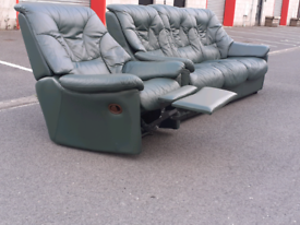 Green Leather 3 Seater Sofa and Recliner Chair 🤩excellent condition
