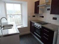 1 Bedroom Flat to Rent in Tenby, Upper Frog St. Newly Renovated. Available Oct 1st. £475pm