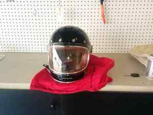 Motorcycle helmet bell bullitt large black NEW regular $500