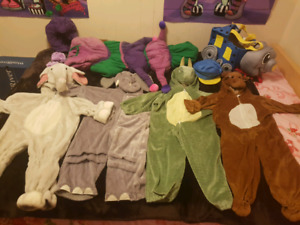 Lots of Awesome play dress up outfits for kids & even some 4 mom