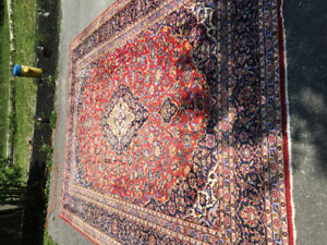 Huge Persian rug 10 by 13 100% wool