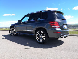 2013 Mercedes-Benz GLK350 4MATIC **AMG Styling Package**