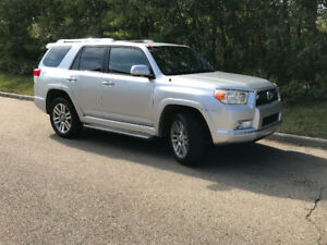 2010 Toyota 4Runner Limited 7 Passenger, Fully Loaded