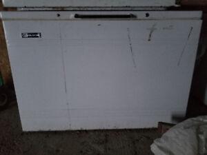 4 Congélateur horizontale a vendre