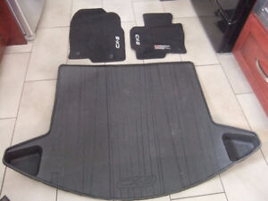 Mazda CX-5 Carpet Floor Mats in Charcoal carpet / cargo tray