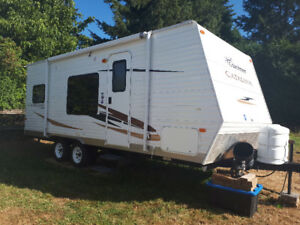 21 ft trailer for rent with 3 bunks ready for a getaway!