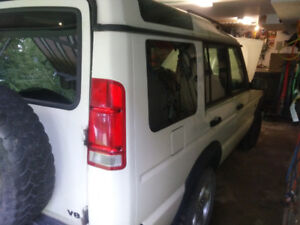 Parting out 1999 Land Rover Discovery