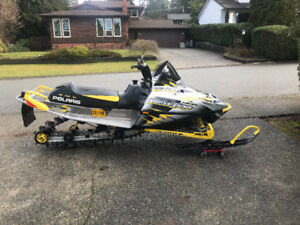 2004 Polaris RMK Vertical Escape