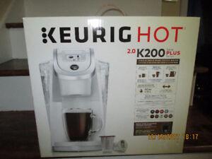 Keurig Hot Plus Series K200 Coffee Maker