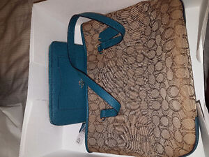 Brand new COACH wallet and purse... STEAL OF A DEAL!!!