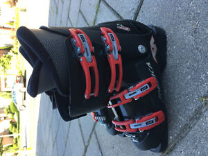 Ski Boots. Good condition