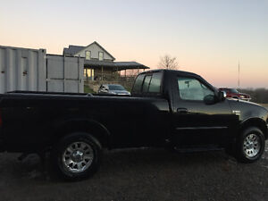 2003 Ford F-150xlt 4x4 Peterborough Peterborough Area image 1