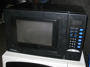 Used Small Black Danby 0.7 cu. ft. 800W Microwave in great worki