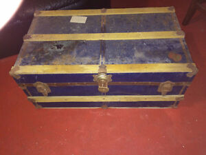Vintage Blue Union Trunk and Luggage Steamer Chest