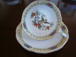 PRETTY ROYAL ALBERT FLORAL WITH BIRD CUP & SAUCER